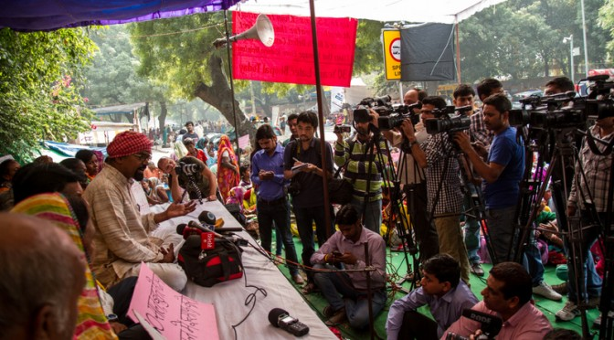 Bhopal Gas Victims claim historical victory due to their agitation in Delhi