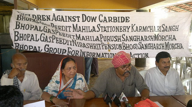 "Wikileaks: ""Bhopal Gas Tragedy NGOs reveal Wikileaks' cables on Dow Chemicals; Allege Indian Govt. kowtowed to US pressure"""