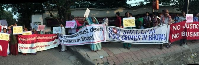 """Press Statement: """"Bhopal Gas Survivors in Mumbai Hold Press Conf & Direct Action Against Dow Chemical"""""""